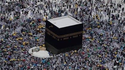 FOTO DE ARCHIVO: Una vista aérea de Kaaba en la Gran mezquita de la ciudad sagrada de La Meca, el 12 agosto 2019. REUTERS/Umit Bektas/File Photo