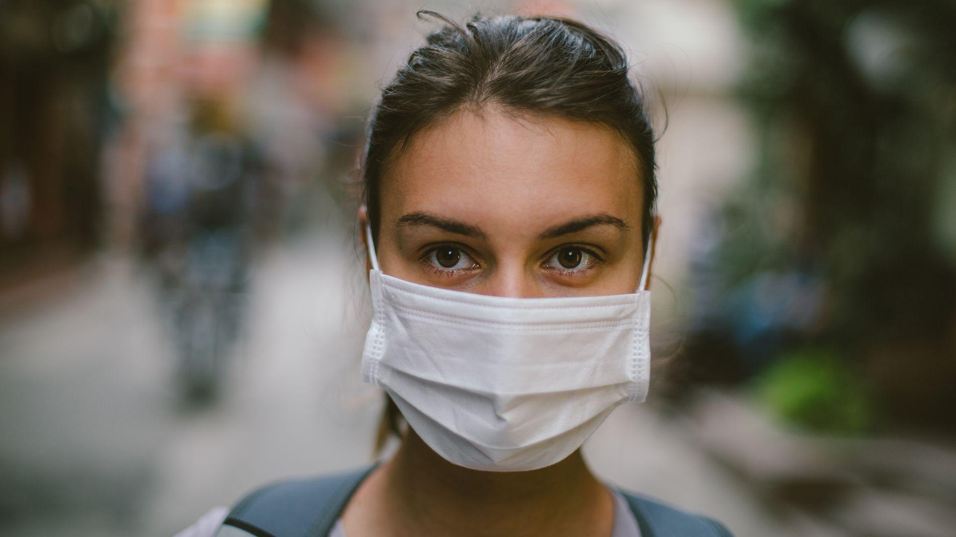 Nature preguntó a más de 100 inmunólogos, investigadores de enfermedades infecciosas y virólogos que trabajaban en coronavirus si podía erradicarse. Casi el 90% de los encuestados piensa que se volverá endémico (Getty)