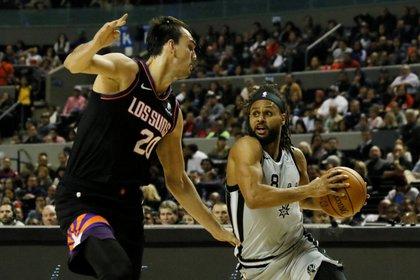 Patty Mills fue el jugador de San Antonio que más puntos aportó, con 26 (Foto: REUTERS/Carlos Perez Gallardo)