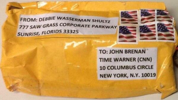Las primeras imágenes de uno de los paquetes bomba enviados a la cadena CNN