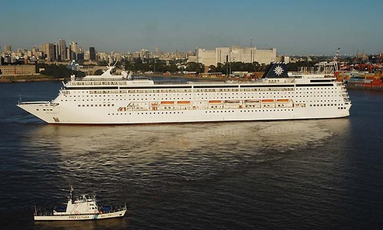 Actualmente los cruceros conviven en el puerto de la Ciudad con los contenedores y la logística en torno al comercio exterior