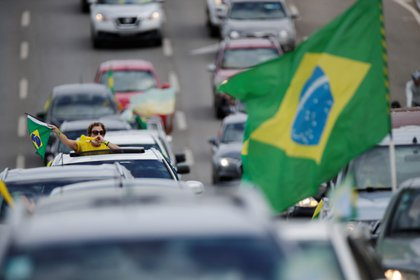 Caravana a favor de Bolsonaro en Brasilia (REUTERS/Ueslei Marcelino)
