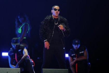 Daddy Yankee es el artista con más nominaciones al obtener 12 (Foto AP/Luis M. Alvarez, archivo)