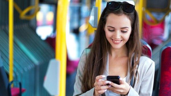 La aplicación Mi Argentina permite realizar trámites fácilmente desde el celular (iStock)