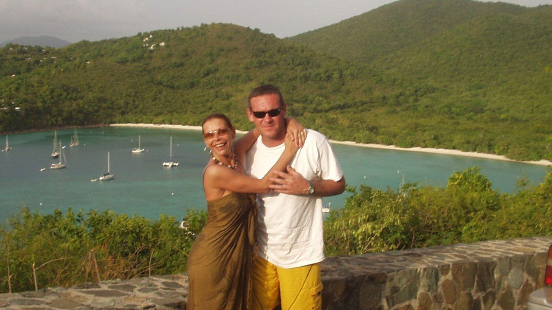 Nora Dalmasso y Marcelo Macarrón durante unas vacaciones, tiempo antes del crimen