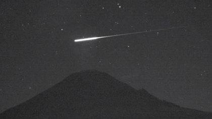 Los indicios condujeron a los astrofísicos y paleontólogos a apoyar la teoría de que uno o más asteroides desencadenaron el enfriamiento global y la extinción de animales grandes hace miles de años (NASA)