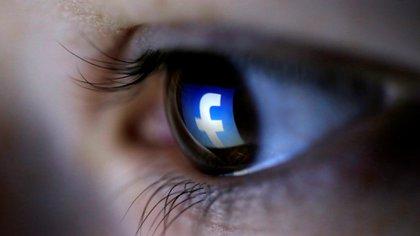 El archivo de datos personales que Facebook entrega a los usuarios tiene apenas lo mínimo