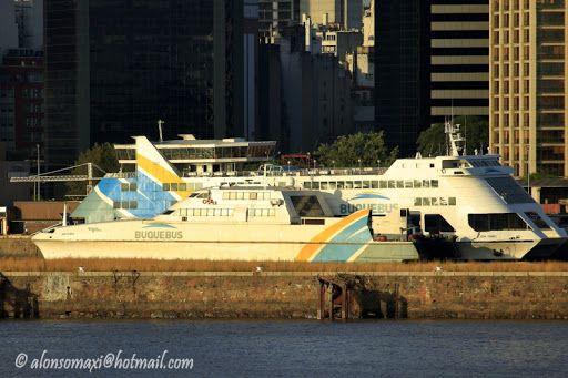 La única nave de bandera argentina de la empresa de navegación fluvial