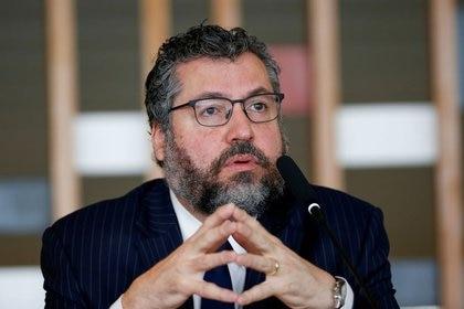 El ahora ex ministro de Relaciones Exteriores de Brasil, Ernesto Araujo. Foto: REUTERS/Adriano Machado