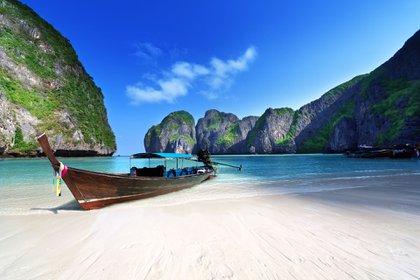 Así era Phi Phi antes de quedar destruida por las olas (Shutterstock)