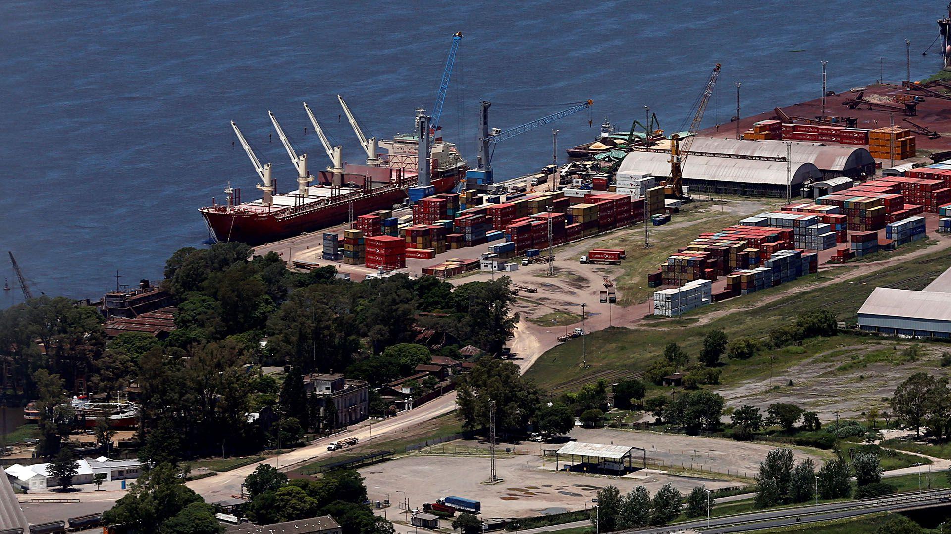 El gremio URGARA denunció la falta de controles efectivos en las vías de acceso a los puertos y en la propia actividad que se desarrolla en los mismos (Reuters)