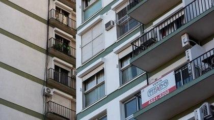 Las inmobiliarias aseguran que crece la incertidumbre (Adrián Escandar)