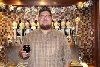 Del Hall lleva ayunando con la dieta de la cerveza cada cuaresma desde 2019. Foto: The Enquier.