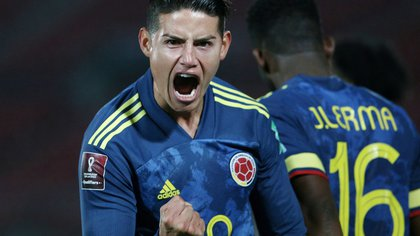 Soccer Football - World Cup 2022 South American Qualifiers - Chile v Colombia - Estadio Nacional, Santiago, Chile - October 13, 2020  Colombia's James Rodriguez celebrates after Radamel Falcao scored their second goal Claudio Reyes/Pool via REUTERS     TPX IMAGES OF THE DAY