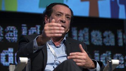 (Adrián Escandar)