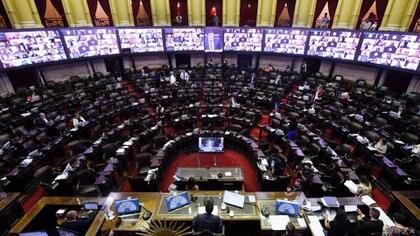 """""""Durante estos 37 años de democracia, hubo más de 30 proyectos parlamentarios con la idea de transparentar la gestión de influencias e intereses"""", dice Rossi. Foto: Prensa Diputados."""