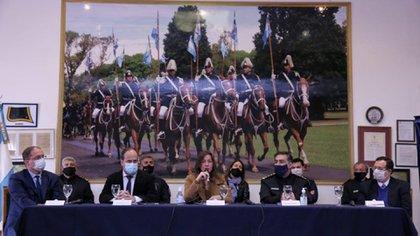 La ministra de Seguridad encabezó esta mañana una conferencia de prensa junto a autoridades de YPF y AFIP