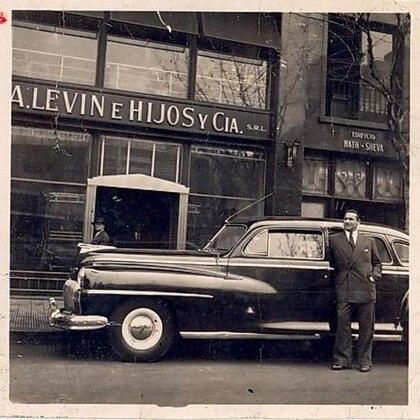 Gabriel Levinas asegura que el auto utilizado para secuestrar a Eichmann fue el de su padre, un De Soto modelo 49