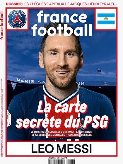 Messi en la tapa France Football con la camiseta del PSG.