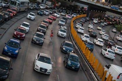 Las cámaras y detectores de velocidad se pondrán en los cruces con mayor incidencia de accidentes de tránsito y cerca de las escuelas. (Foto: Cuartoscuro/Andrea Murcia)