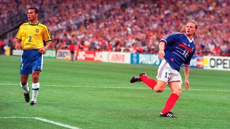 El momento en el que Petit marca el 3-0 de Francia en la final del Mundial 1998 (Shutterstock)