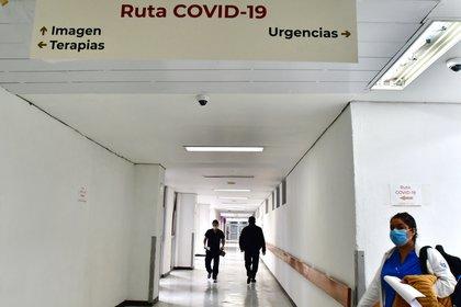 Vista de uno de los pasillos del Hospital Juárez, en Ciudad de México (México). EFE/ Jorge Núñez