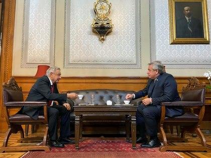 Alberto Fernández y Andrés Manuel López Obrador antes de la reunión que sirvió para destrabar las exportaciones de carne argentina a México