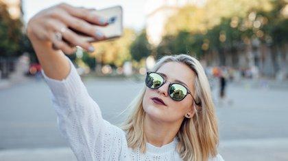 Las personas con alta autoestima confían mucho en sí mismas y se respetan (iStock)