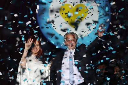 Argentina's President Alberto Fernandez and Vice President Cristina Fernandez de Kirchner on stage outside the Casa Rosada Presidential Palace after inauguration, in Buenos Aires, Argentina December 10, 2019. REUTERS/Ricardo Moraes
