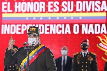"""Maduro anunció que estudiará la compra de misiles a Irán: """"¡No es ..."""