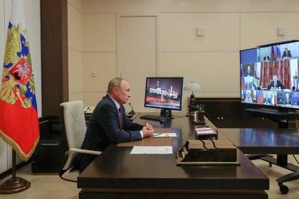 Vladimir Putin apuesta al desarrollo ruso contra el coronavirus para aumentar su influencia mundial