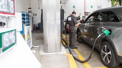 Las gasolineras en México bajaron drásticamente el precio del combustible (Foto:  VICTORIA VALTIERRA /CUARTOSCURO)