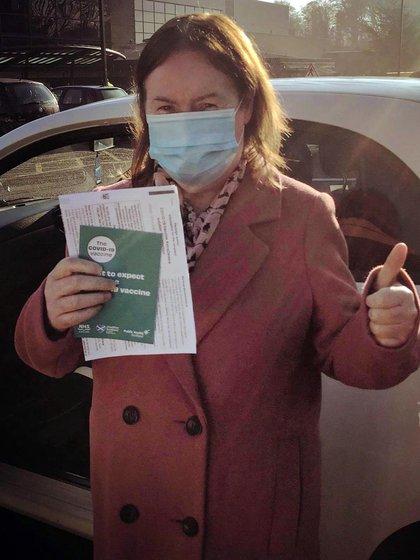 Hace unos días la cantante fue vacunada contra el COVID-19 en el Reino Unido y agradeció a los médicos y enfermeras desde su cuenta de Instagram (@susanboylemusic)
