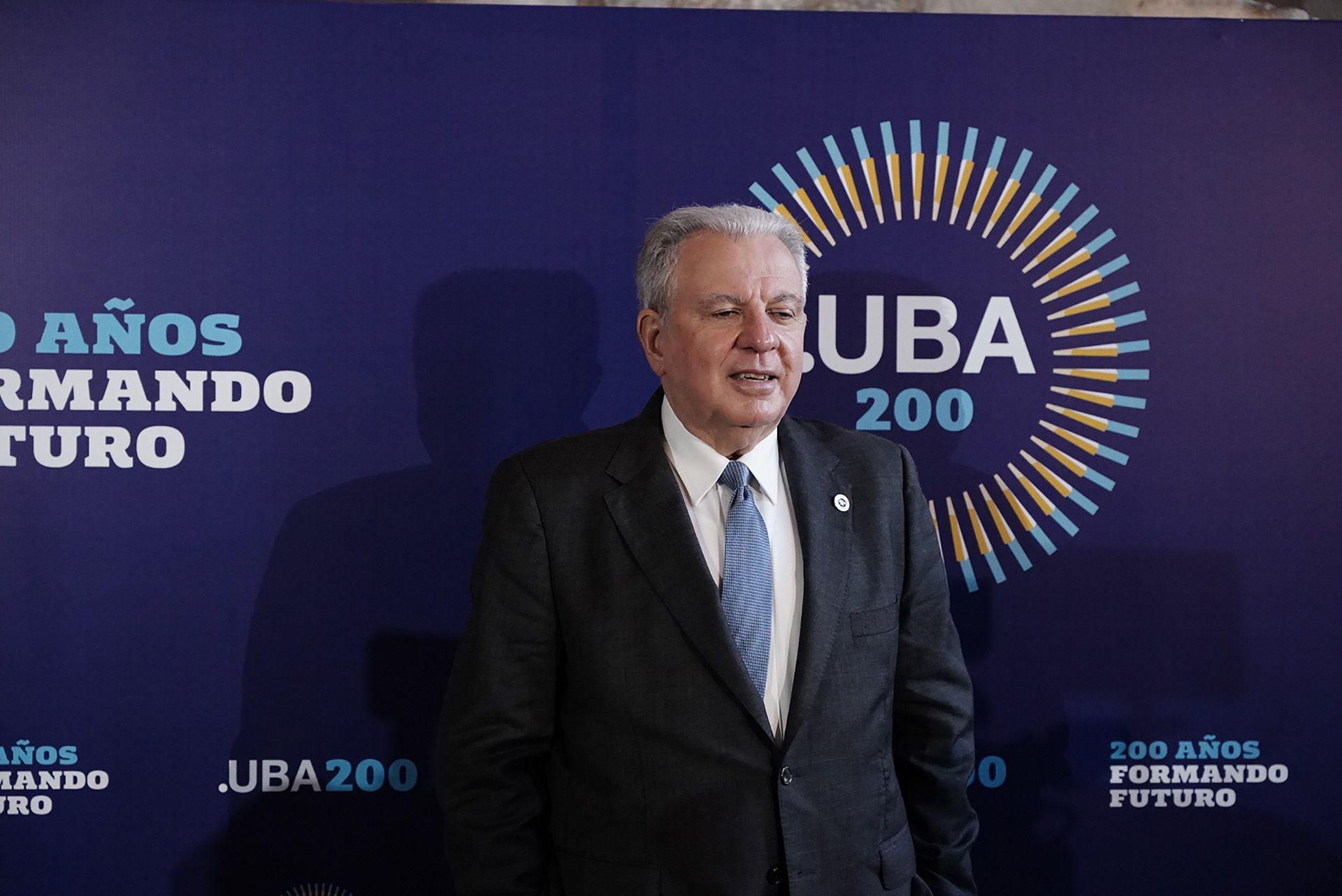 Acto Aniversario 200 años UBA