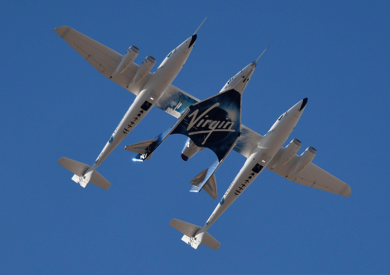 Virgin Galactic está ofreciendo vuelos espaciales suborbitales para pasajeros a 250.000 dólares por boleto REUTERS/Gene Blevins