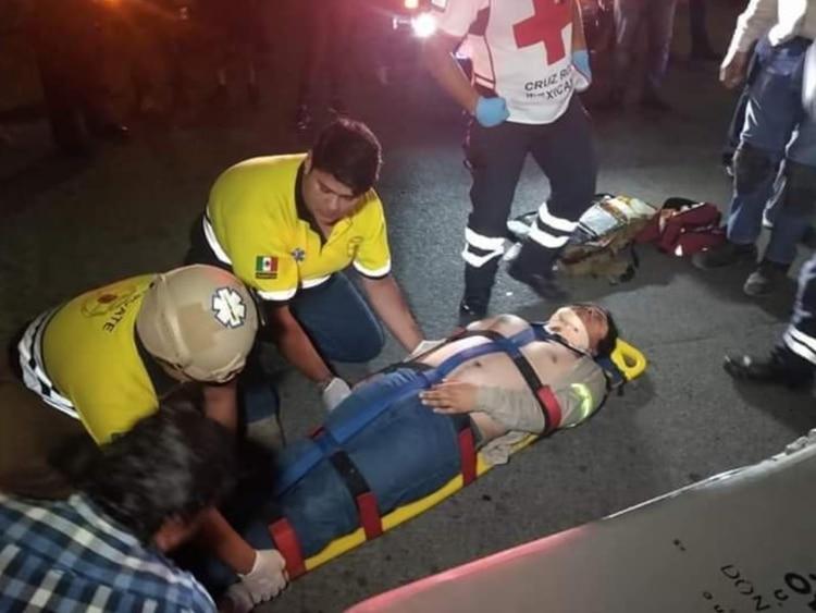 Elementos de protección civil informaron que hay ocho lesionados graves, mientras otros 10 con heridas de consideración, hubo alrededor de siete decesos Foto: (Facebook)