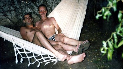 César y Carlos vivieron muchos años juntos. La casa terminó siendo una base de operaciones del activismo gay.