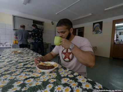 Esteban Torres en el albergue de Rusia / Cortesía de Anastasia Tischenko (Martí Noticias)