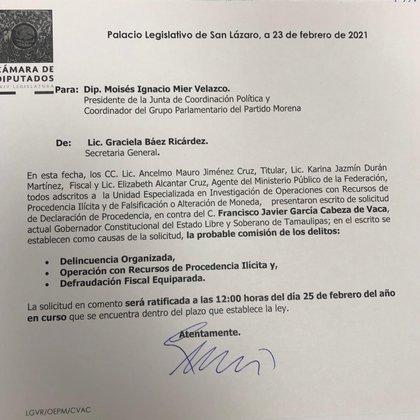 El documento enviado a los legisladores (Foto: Twitter/@NachoMierV)