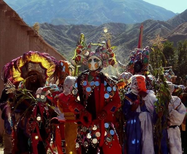 Los carnavales toman más relevancia en el país año tras año