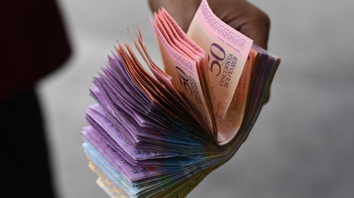 Hiperinflación en Venezuela: en lo que va del año, el índice de precios acumula 2.674%