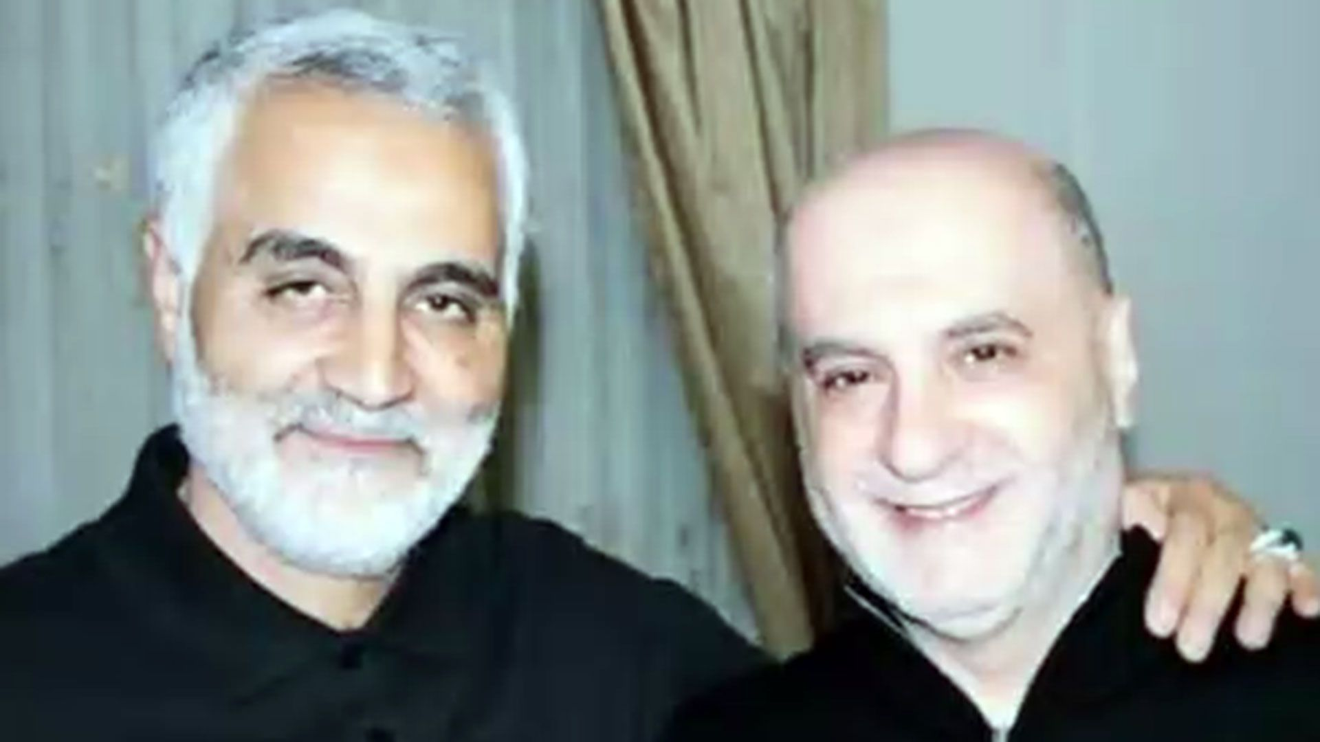 """Qasem Soleimani (izquierda), jefe de la""""Fuerza Al-Quds"""", una unidad de fuerzas especiales de las Guardias Revolucionarias de Irán, y Amin Sherri (derecha) (Foto: Tesoro de los EEUU)"""