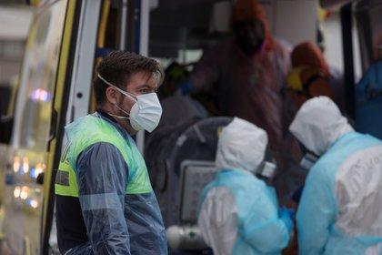 Un mese fa il Cile ha assistito al momento più pericoloso della seconda ondata della pandemia Covid-19, che si è aggravata dopo le vacanze estive e ha messo a dura prova il sistema ospedaliero.  EFE / Alberto Valdes / Archivio