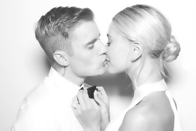 La foto que compartieron en sus redes sociales con motivo de su boda