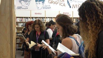 Asistentes a la Feria del Libro - FIL - de Guadalajara en el 2019