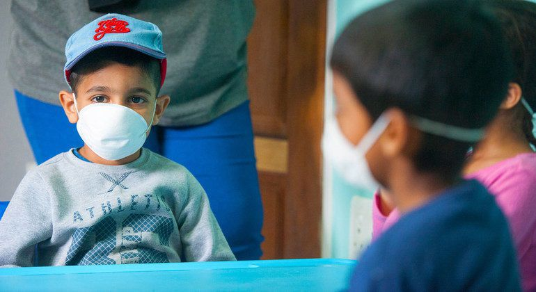 La afectación de la COVID-19 en los menores de edad de Catalunya sigue siendo escasa después del periodo de confinamiento - UNICEF/SHIRAAZ MOHAMED