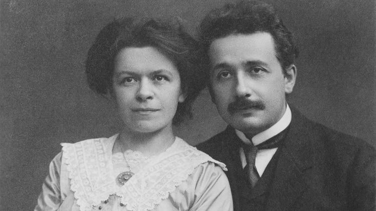 Einstein junto a su primera esposa, Mileva Maric