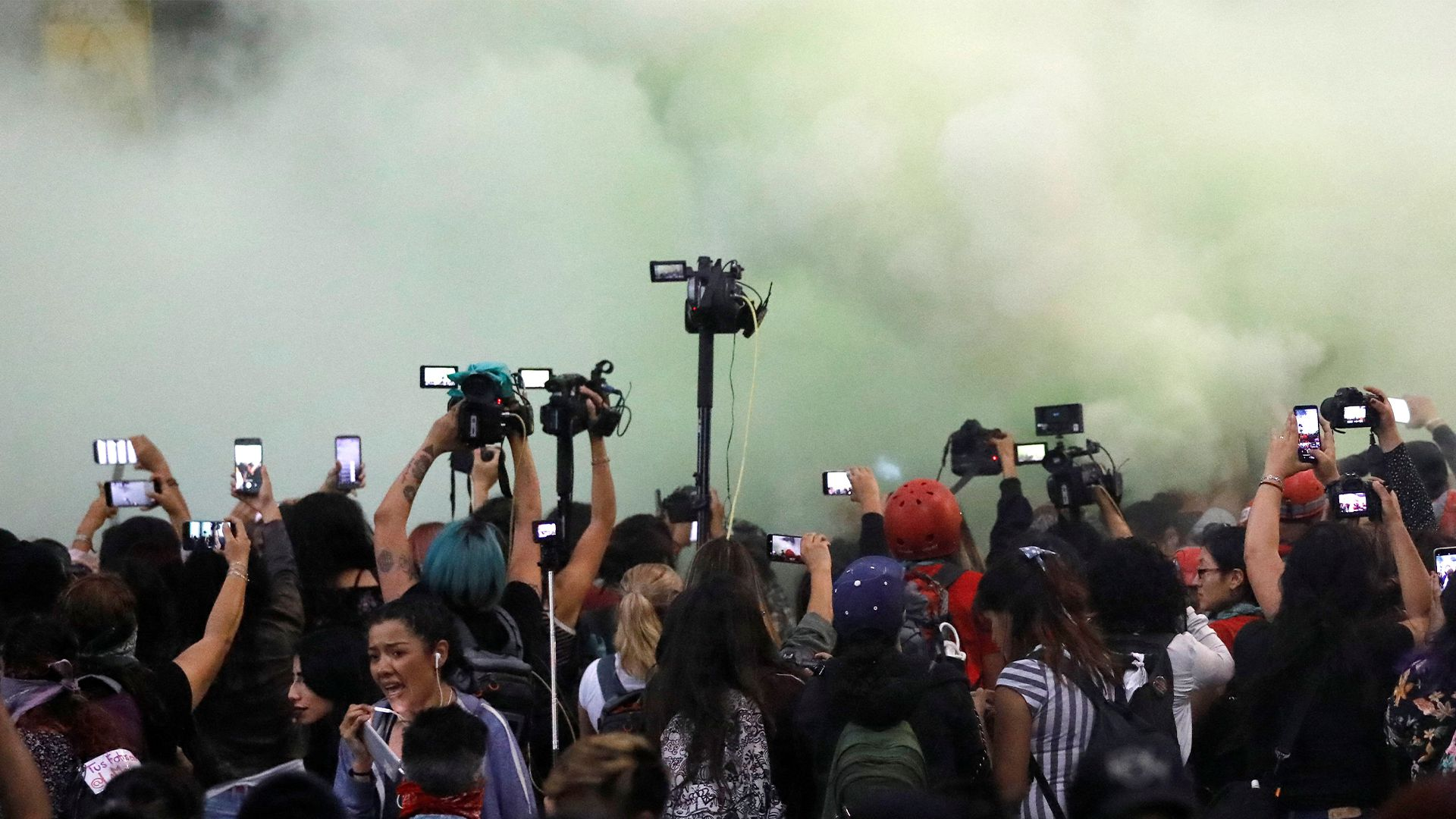 Manifestantes se fueron al diario La Prensa (Foto: Reuters)