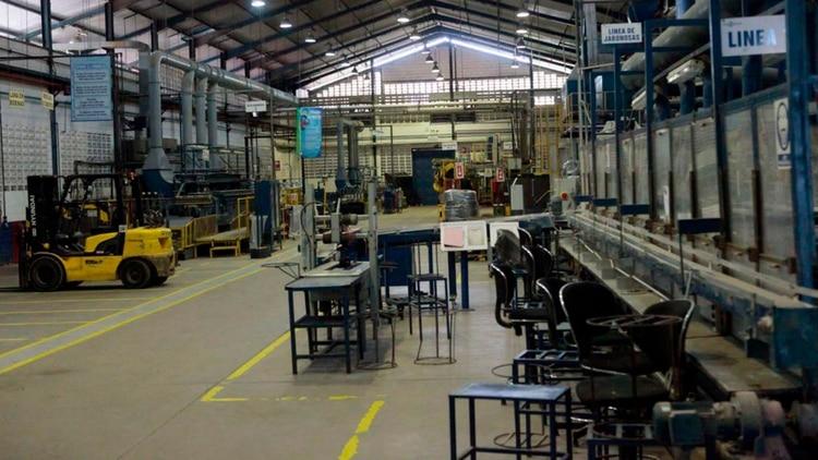 El 96% de las fábricas venezolanas paralizaron su producción parcial o totalmente