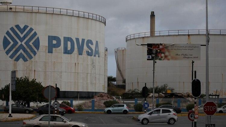 PDVSA produce cada vez menos petróleo